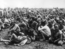 Soldados rusos capturados.