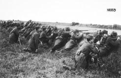 Soldados franceses esperando un ataque.