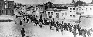columna armenios en abril de 1915